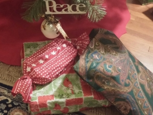 Gifts in reusable cloth bags
